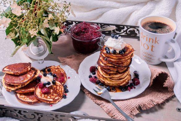 Sitruuna-ricotta-aamiaisletut