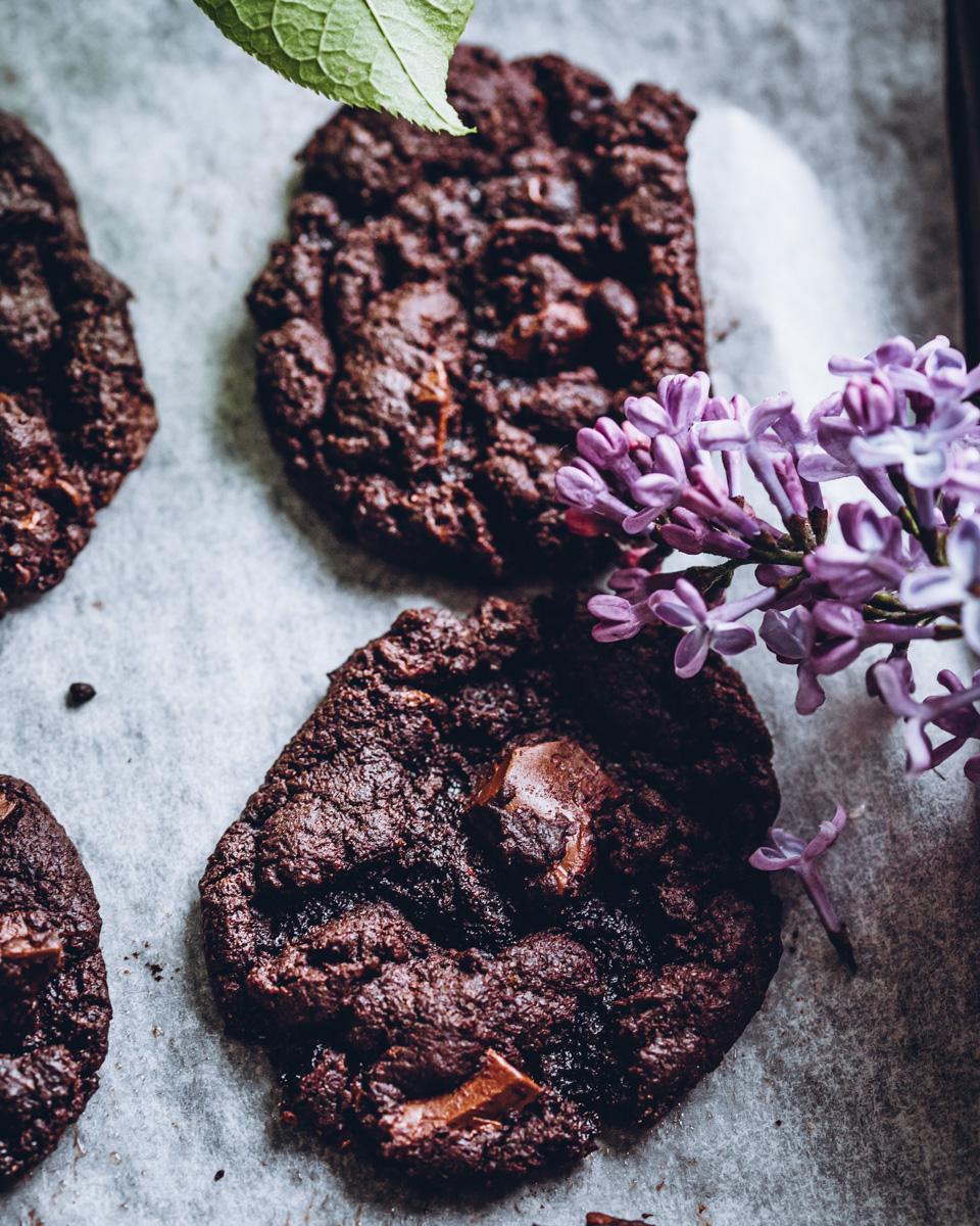 Vegaaniset suklaakeksit. Gluteeniton