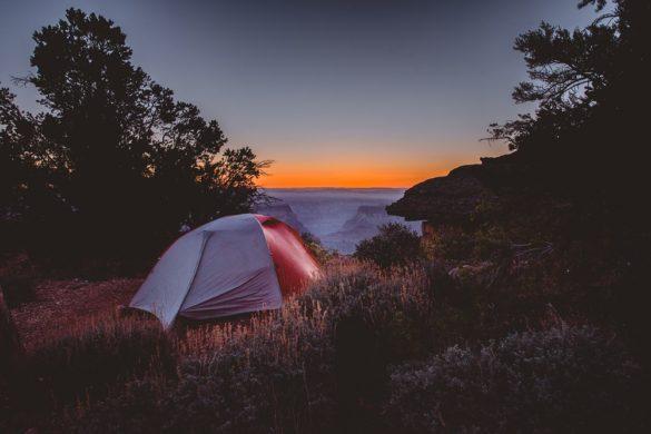 Kuinka saada nauttia Grand Canyonista yksinään?