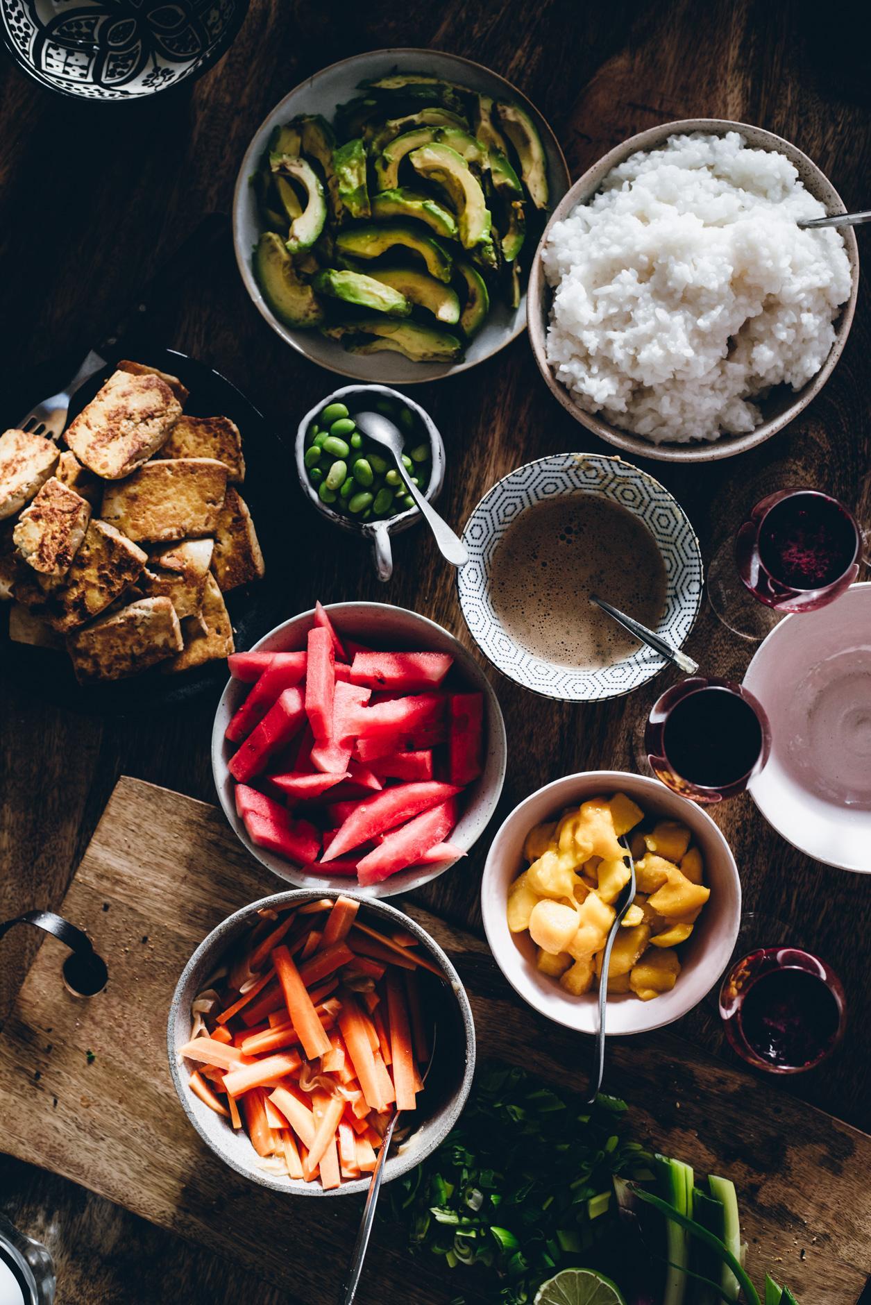 Sushikulho-buffet. Vegaaninen