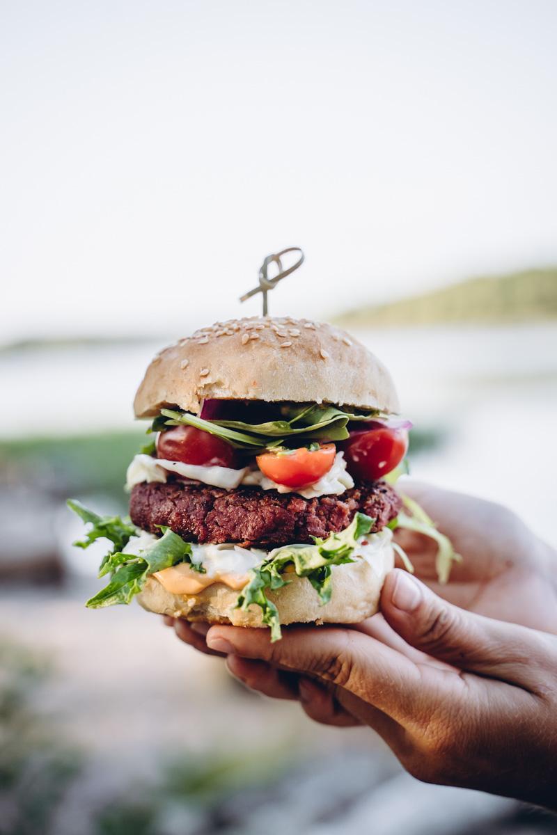 Vegaaninen burgerpihvi