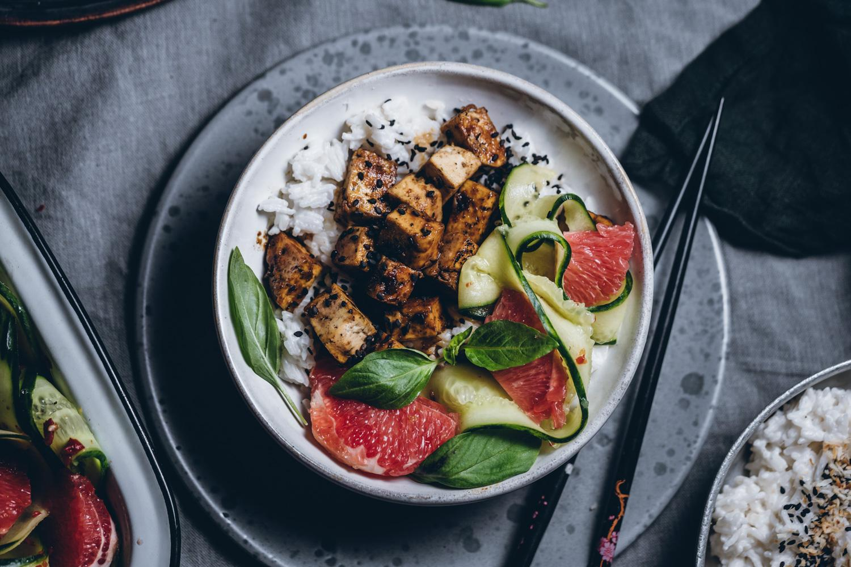 Kuusenkerkkä-teriyakikastike. Tofu
