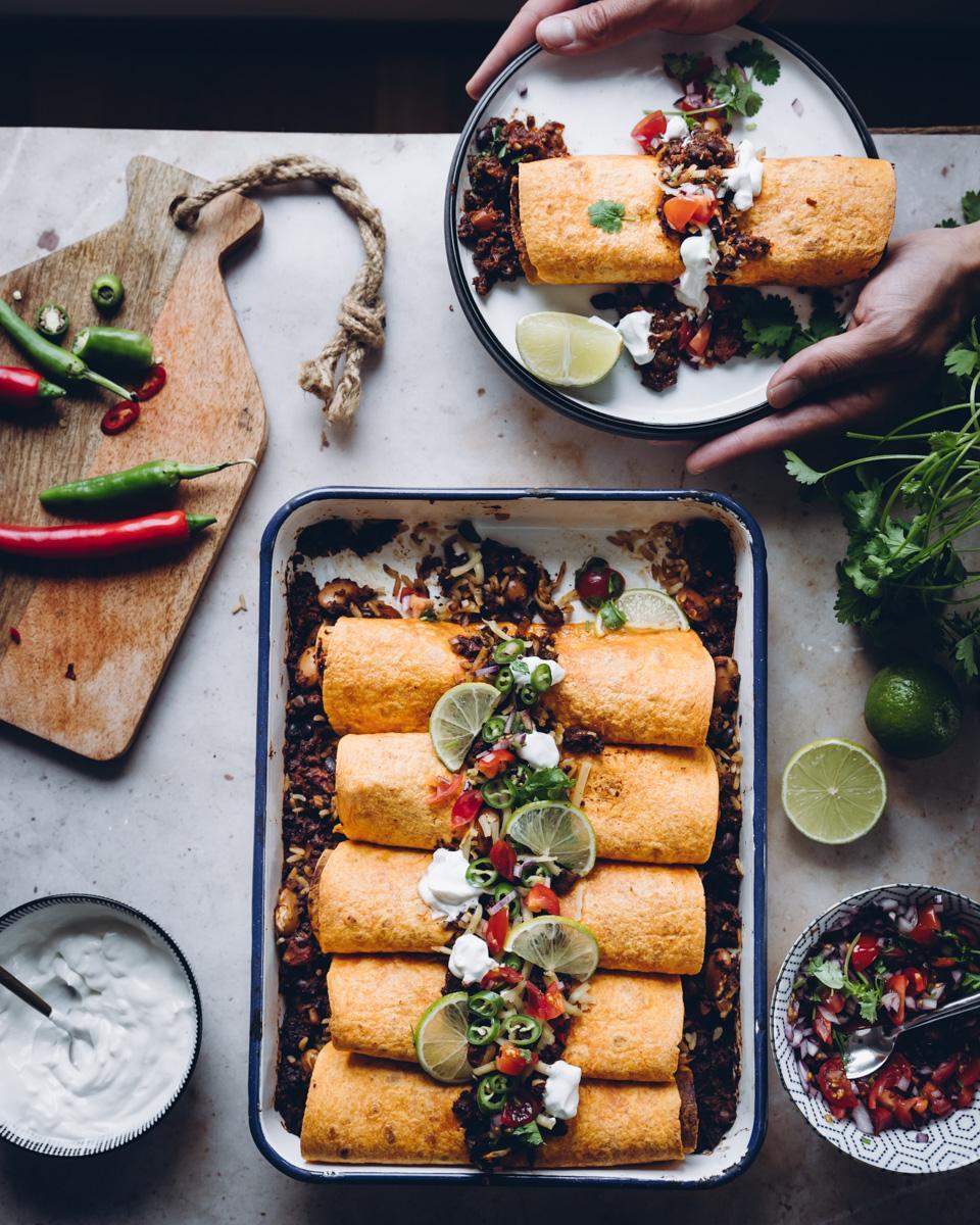 Vegechili. Chili sin carne enchiladat. Vegaaninen